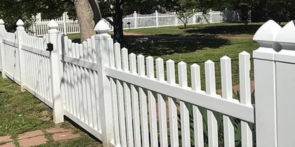 All California Fencing Vinyl Fence Installation